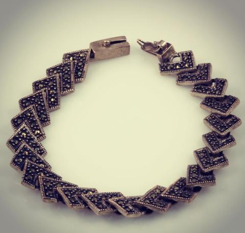 pyramids sterling silver bracelet with marcasite